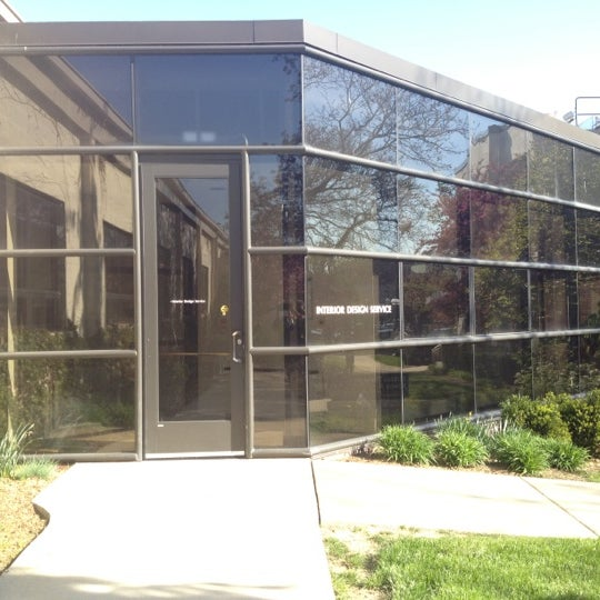 Photo Taken At University Of Michigan Architecture, Engineering U0026amp;  Construction (AEC) By