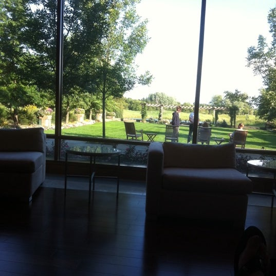 Photo taken at The Lodge at Turning Stone by Marjie W. on 8/20/2011