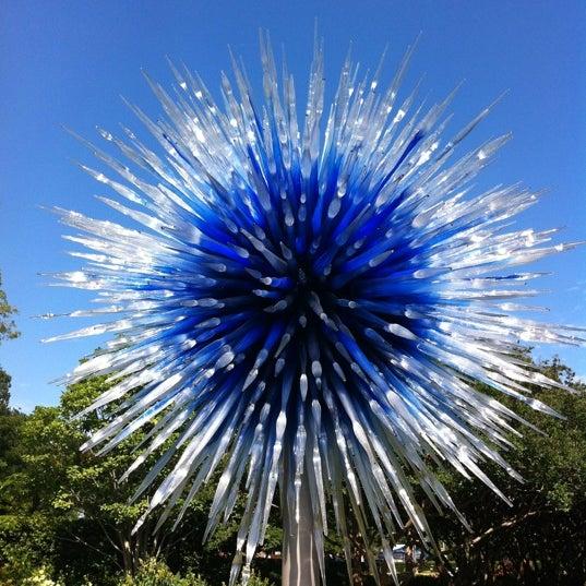 Foto tirada no(a) Dallas Arboretum and Botanical Garden por Sarah P. em 5/27/2012