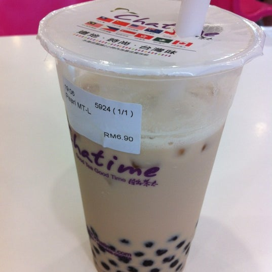 Photo taken at Chatime by Waharzatul izni on 2/19/2012