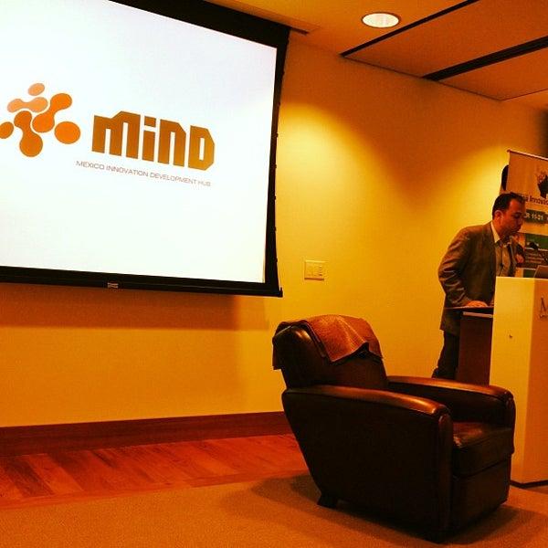 Foto tirada no(a) Mintz Levin por Vincenzo B. em 7/11/2012