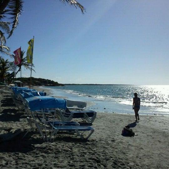 Photo taken at Playa El Yaque by choco p. on 2/19/2012