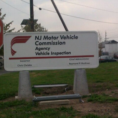 Photo taken at New Jersey Motor Vehicle Commission by Damion on 10/24/2011