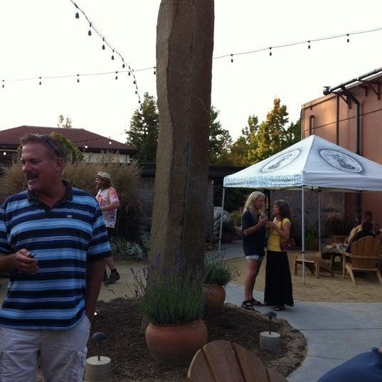Photo taken at Lagunitas Brewing Company by Jen T. on 9/10/2011