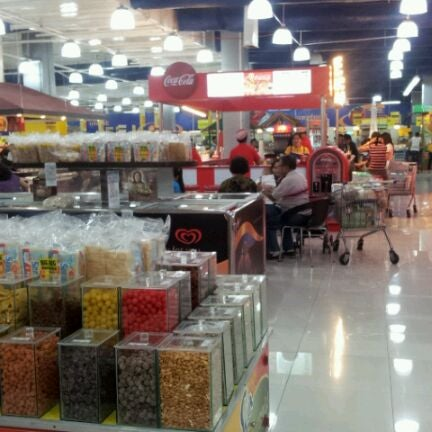 Photo taken at Shopwise by A R D. on 2/1/2012