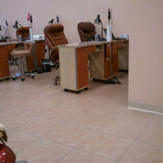 Star Nails - Nail Salon in Fitchburg