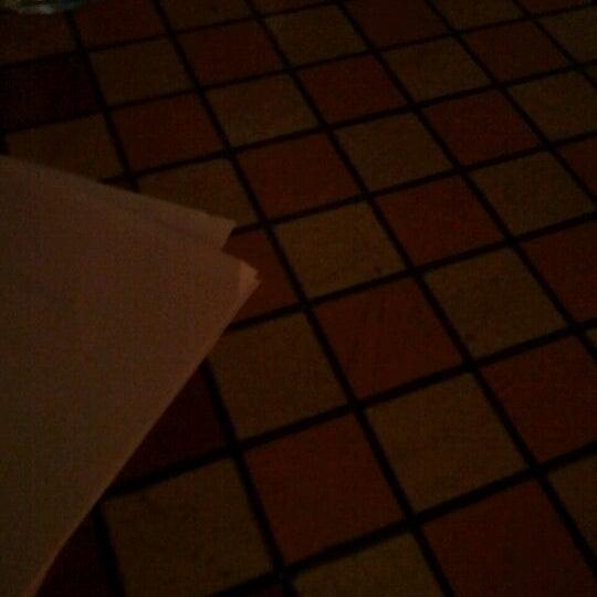 Foto tomada en Galactic Pizza por Tanja P. el 12/14/2011