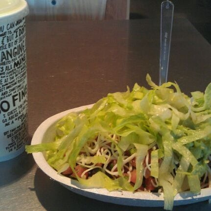 Photo taken at Chipotle Mexican Grill by Terence N. on 9/1/2011