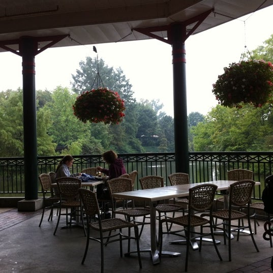 Photo taken at Lakeside Cafe by Laura S. on 9/18/2011