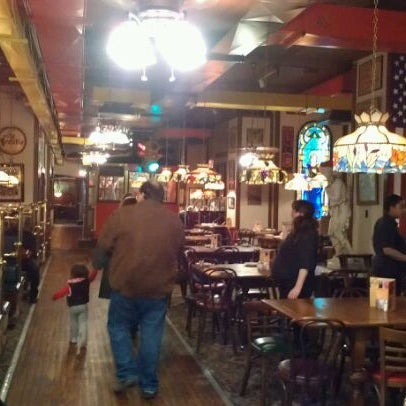 Photo taken at Spaghetti Warehouse by Brian D. on 11/27/2011