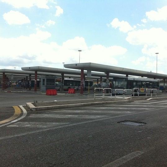 Foto scattata a Terminal Bus Anagnina da Antonello M. il 7/20/2011