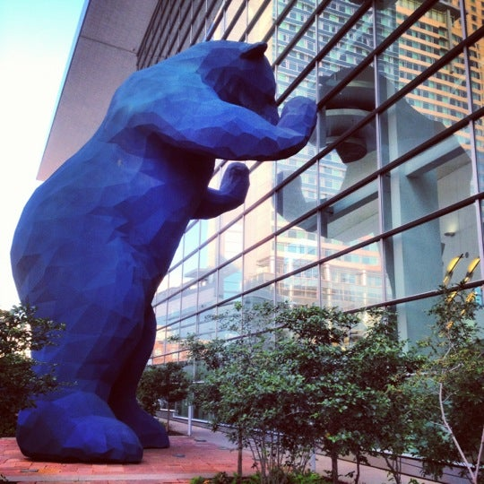 Colorado Convention Center With Lawrence Argent Sculpture: Big Blue Bear (I See What You Mean)