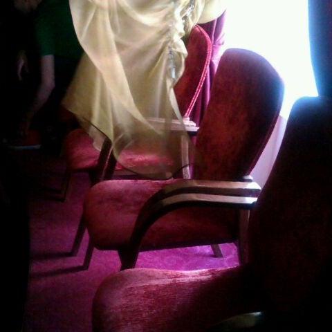 Снимок сделан в Театр-кабаре на Коломенской/ The Private Theatre and Cabaret пользователем Katy G. 4/28/2012