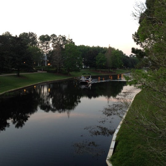 Photo taken at Disney's Port Orleans Riverside Resort by Lee W. on 4/3/2012