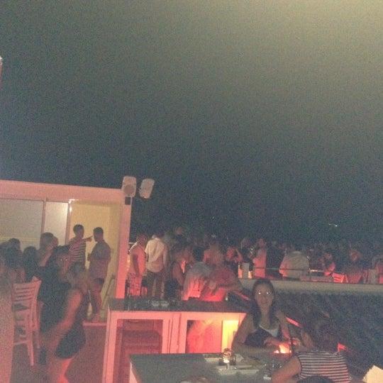 Foto diambil di Beluga Bar Karma Sky Lounge oleh Kadir G. pada 7/2/2012