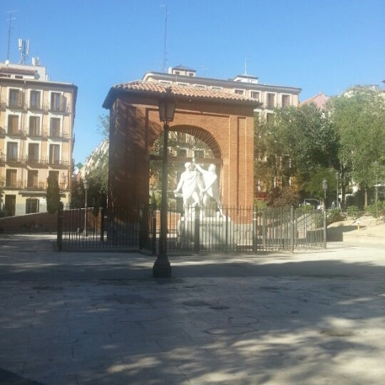 Photo taken at Plaza del Dos de Mayo by Bruno R. on 8/26/2012