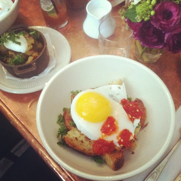 Photo taken at Vinegar Hill House by Brian James T. on 4/7/2012