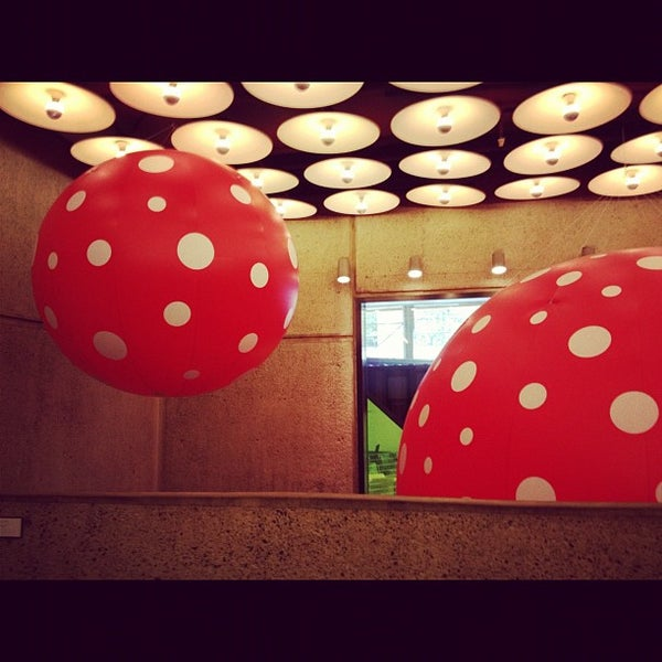 Photo taken at Whitney Museum of American Art by Alan C. on 8/25/2012