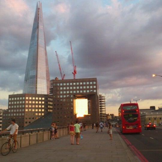 Photo taken at London Bridge by Nélio C. on 8/19/2012