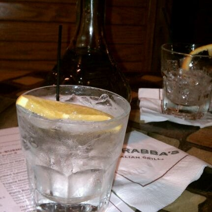 Photo taken at Carrabba's Italian Grill by Edgar V. on 2/14/2012