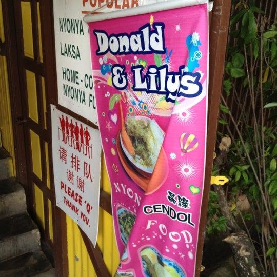 Photo taken at Donald & Lily Nyonya Food by Tan J. on 6/8/2012