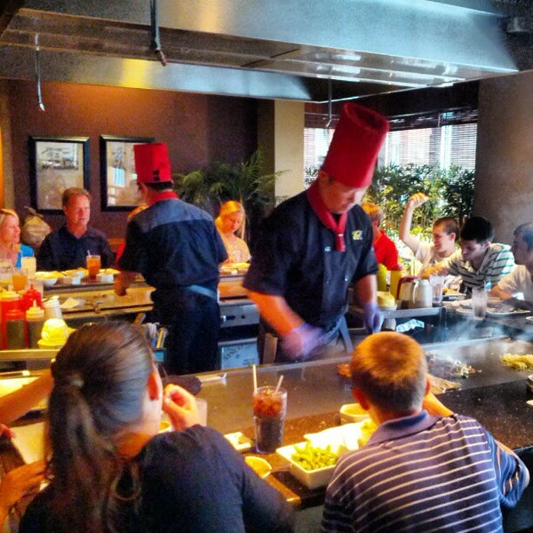 Oishi sushi steakhouse 17 tips from 1014 visitors for Asian cuisine grimes