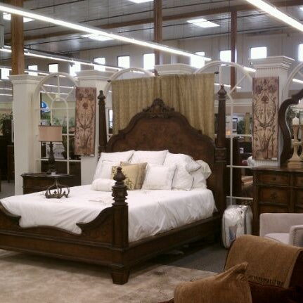 Jerome 39 S Furniture Furniture Home Store In San Diego
