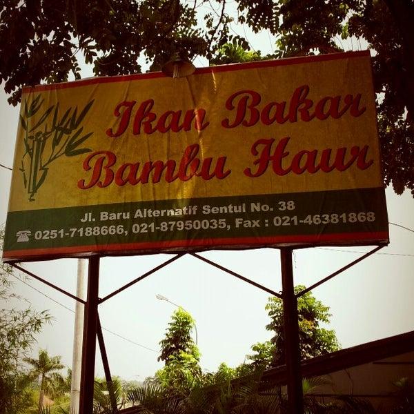 Photo taken at Ikan Bakar Bambu Haur by Ben on 9/11/2012