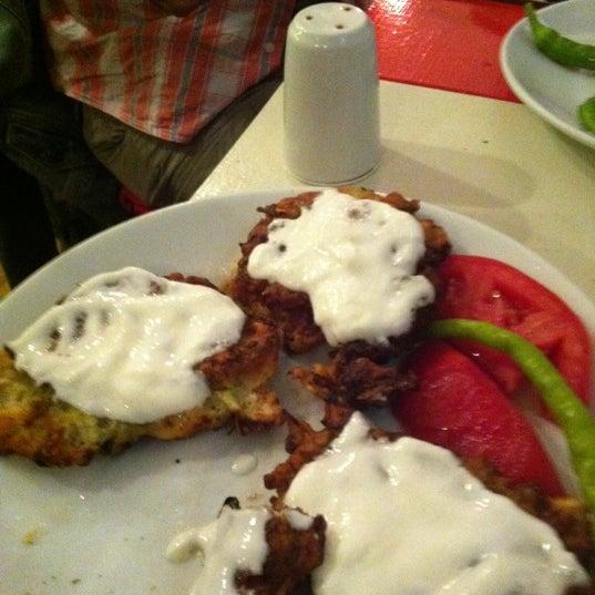 9/1/2011 tarihinde Murat B.ziyaretçi tarafından Ada Cafe'de çekilen fotoğraf