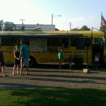 Photo taken at Beansies by Leah K. on 7/21/2011