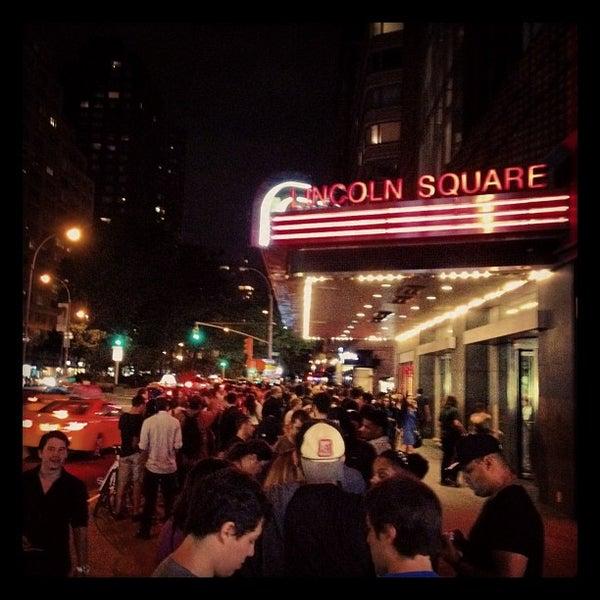 Снимок сделан в AMC Loews Lincoln Square 13 пользователем Olu H. 7/20/2012