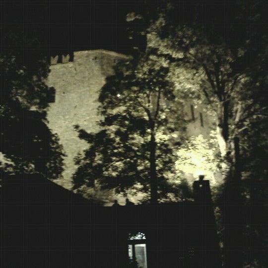 Foto scattata a Castello di Zavattarello da Sara F. il 8/15/2012