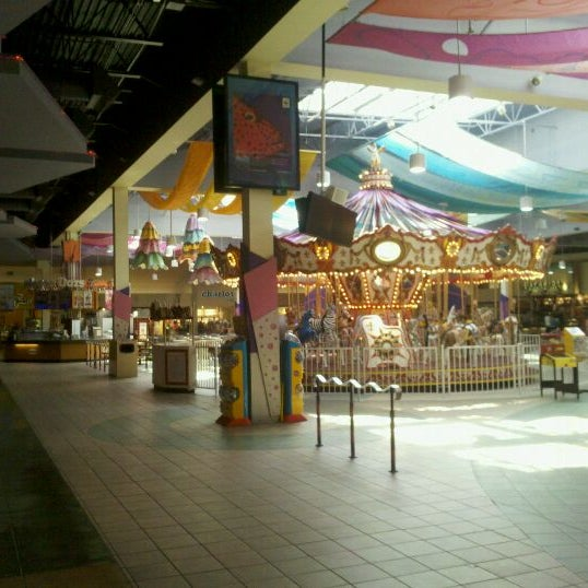 Photo taken at Arizona Mills by Rob on 3/31/2011