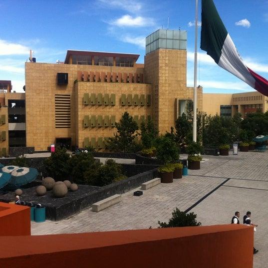 Foto tomada en Tecnológico de Monterrey por Claudia J. el 8/4/2011