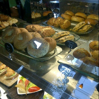 Photo taken at Barnie's Coffee & Tea Company by Nuriko P. on 4/20/2012