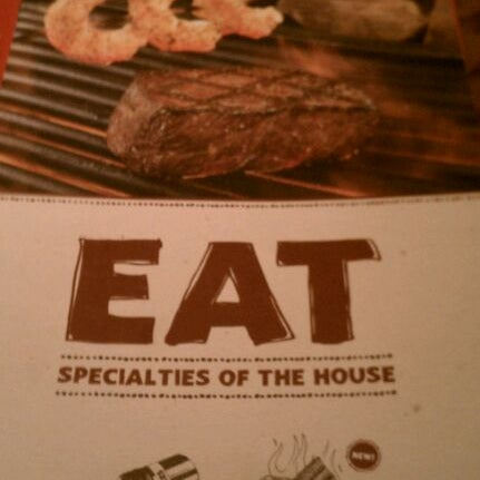 Photo taken at Outback Steakhouse by Tara C. on 11/28/2011