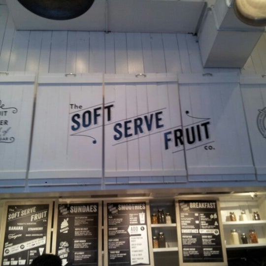 Photo taken at Chloe's Soft Serve Fruit Co. by Alex F. on 8/29/2012