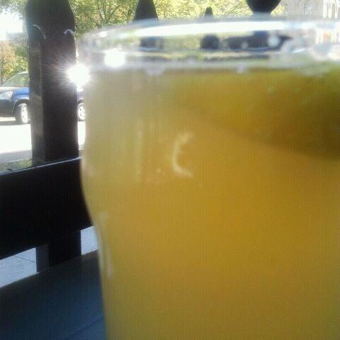 Photo taken at King's Head Pub by Zanna J. on 9/10/2011