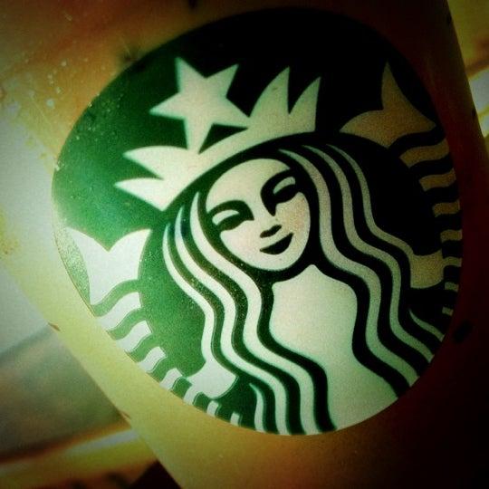 Photo taken at Starbucks by Chiraphong H. on 2/23/2012