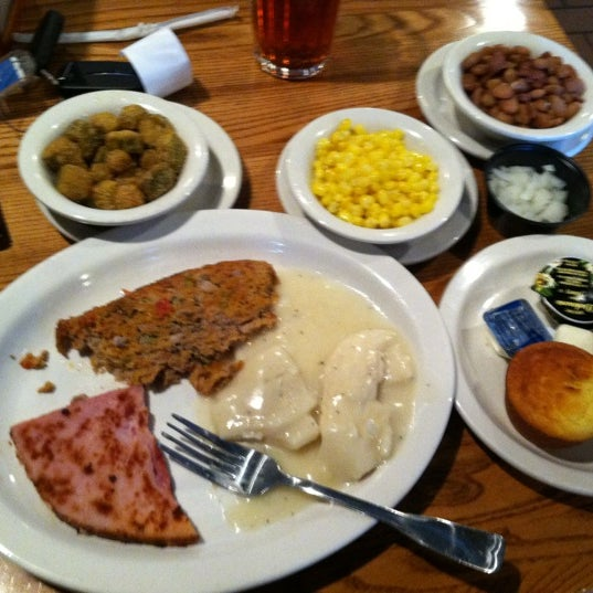 Photo taken at Cracker Barrel Old Country Store by Sanford B. on 4/13/2012