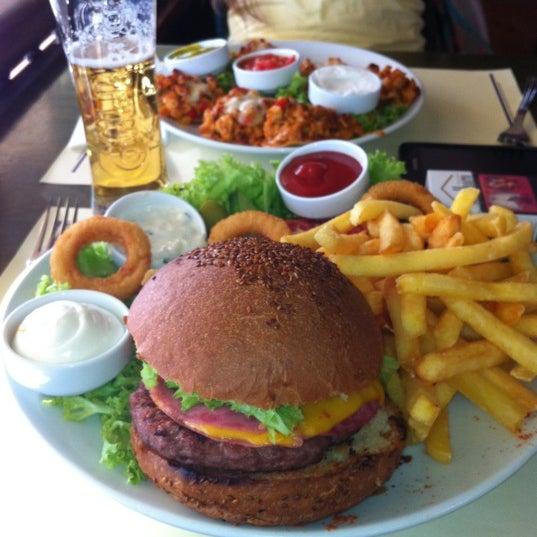 Photo taken at Cafe La Vie by Görkem A. on 6/30/2012