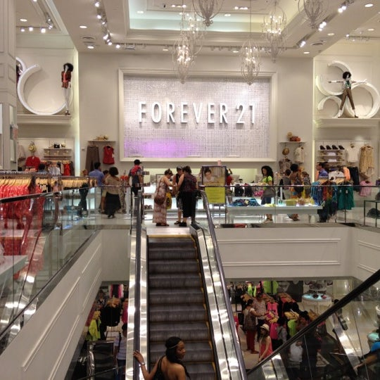 Forever 21 is offering extra 10%, 15% or 20% off your entire purchase during their mystery deal event! Click on the
