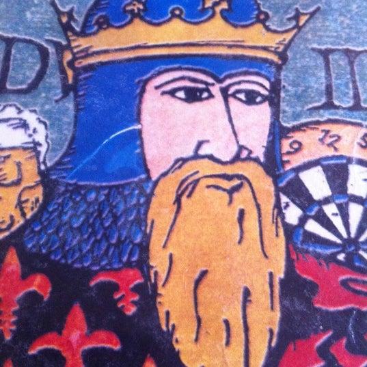 Photo taken at Ye Olde King's Head by Damon W. on 3/25/2012