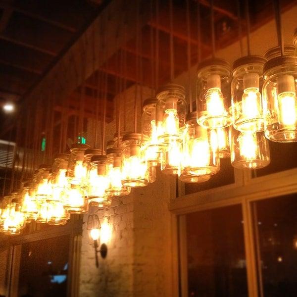 Photo taken at Yardbird Southern Table & Bar by Suraj 🙇🏽 on 3/15/2012
