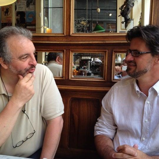 Photo prise au Restaurant de l'Ogenblik par Philip G. le5/29/2012