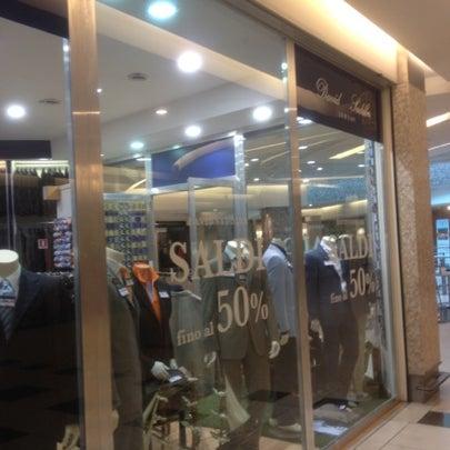 Foto scattata a Centro Commerciale Parco Leonardo da Nursultan T. il 7/23/2012