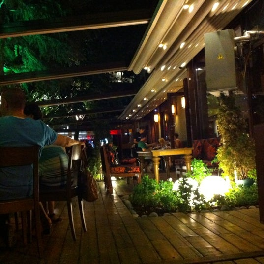 Photo taken at SushiCo by Avi G L. on 7/27/2012