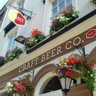Interesting places near work for Craft beer pubs near me