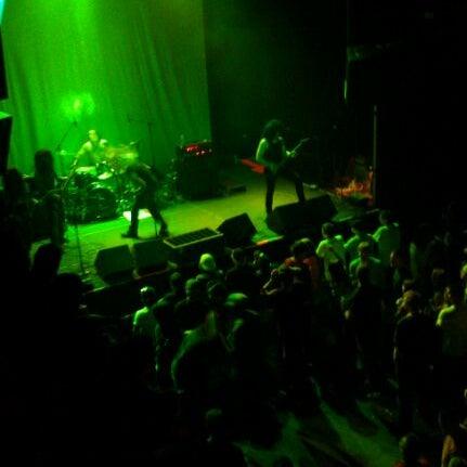 รูปภาพถ่ายที่ Summit Music Hall โดย Billy C. เมื่อ 9/24/2011