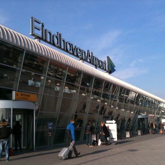 Eindhoven Airport (EIN) - Flight Forum - 203 tips